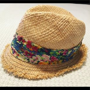 Summer fedora from Icing